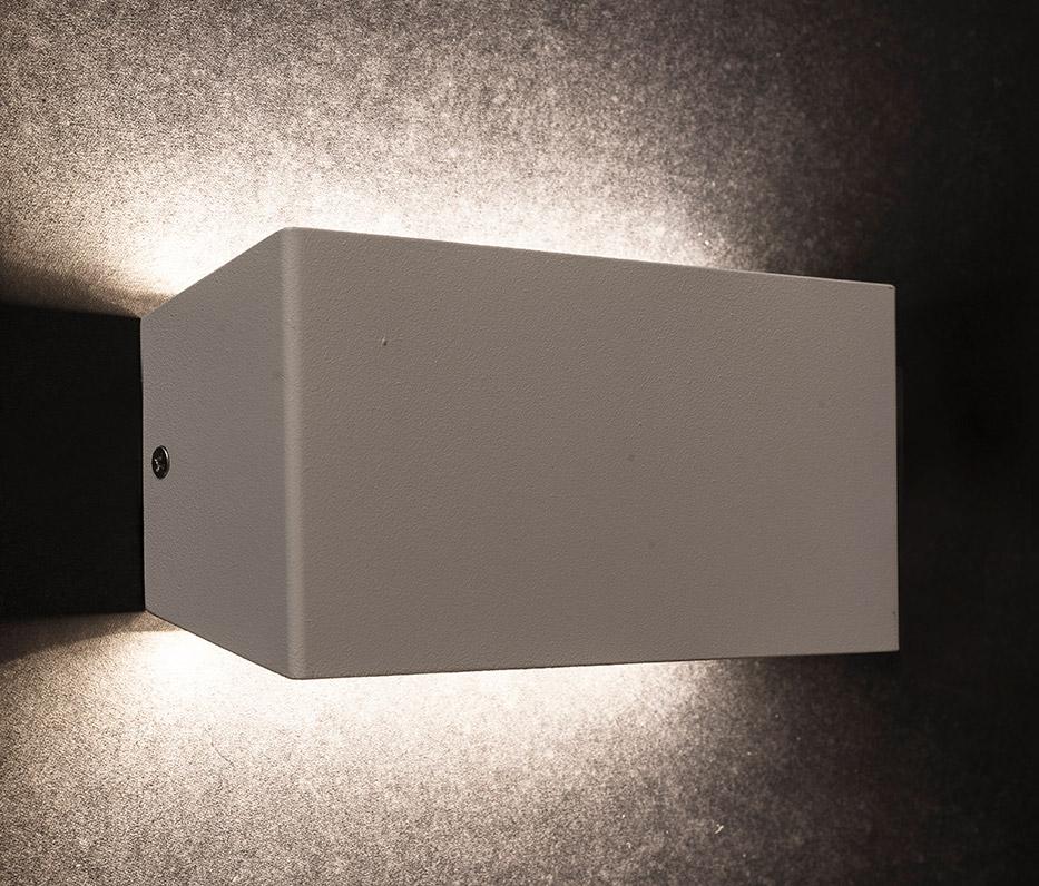 Arandela LED 8Watts